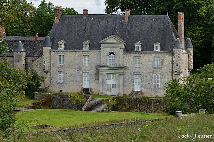 Bouere004