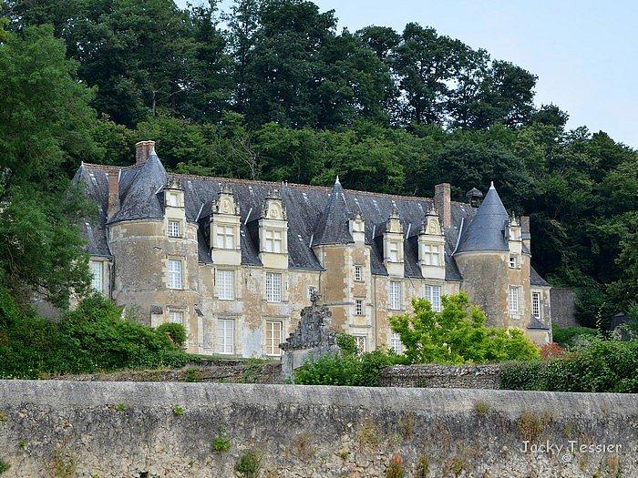 Chateau_Benehard